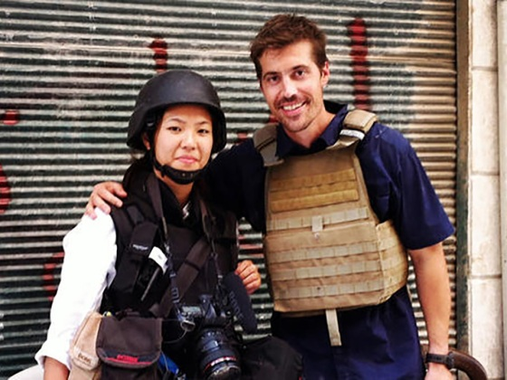 Nicole Tung and Jim Foley near the front lines in Salaheddin, Aleppo, Syria, July 31, 2012. (Photo: Nicole Tung)