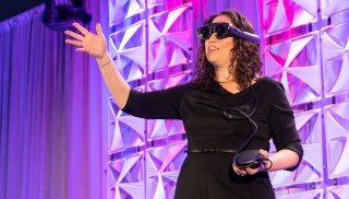 Amy Webb delivers her 2018 predictions at teh ONA conference. (Photo: Violet Wang)